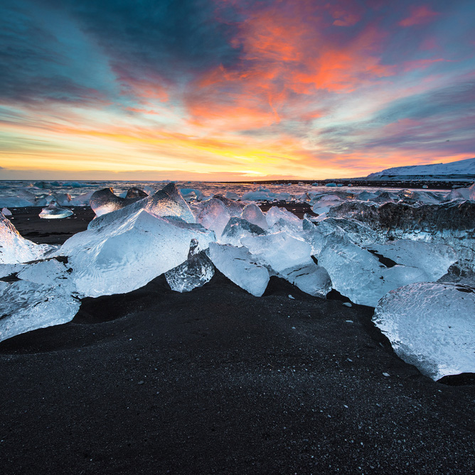 Jokulsarlon Glacier Lagoon and Iceberg Beach, Iceland Photo Tour
